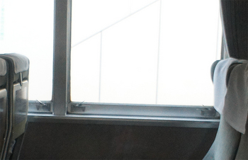 20170401 185系窓.jpg